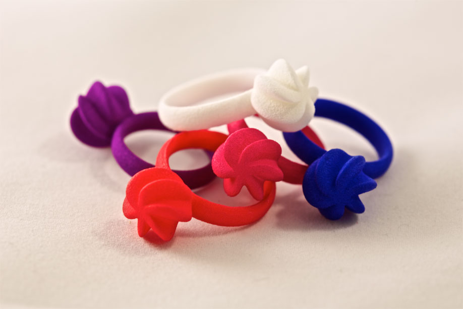 All colors of the Flora ring